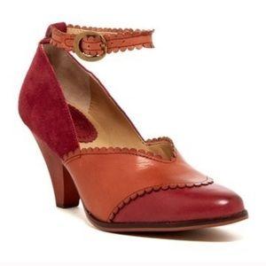 Latigo Harmony suede leather ankle strap pumps